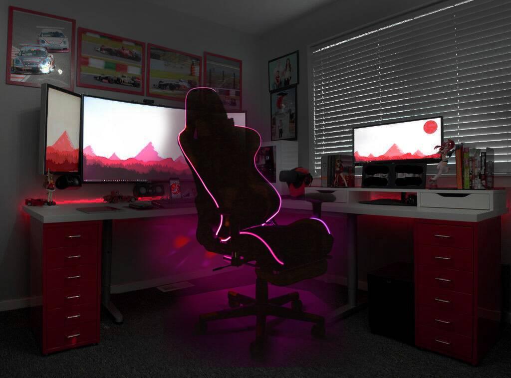 киберспортивные кресла от Sedia с подсветкой и подножкой